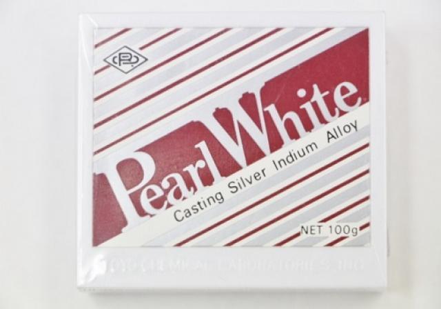 パールホワイト
